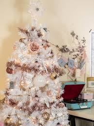 Light Pink And White Christmas Tree White Christmas Tree With Rose Gold And Pink Decorations