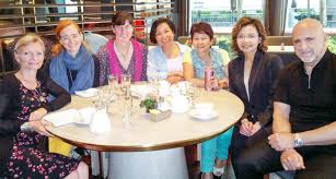 career coaching advice changes career path work life planning loving your work is a small group of experienced career coaches based in hong kong we ve helped hundreds of mid career professionals throughout asia create