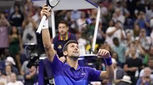 Tennis: Djokovic extends Slam bid