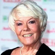 Actress Wendy Richard dies - Manchester Evening News