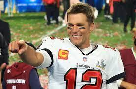 Tom Brady: Football-Star verlängert ...