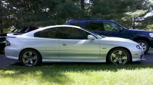 2005 Pontiac GTO LS2 1/4 mile Drag Racing timeslip specs 0-60 ...