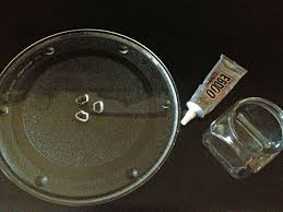 found this microwave turntable plate for 1 and a small jar no lid for 50 cents i already had some e6000 glue leftover from the 3 tier stand i made