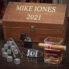 7761 personalized cigar box set jpg
