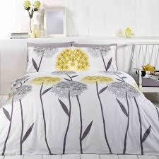 duvet cover set in trendy white lemon and silver with a strking alium print