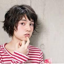 2019年外国人風ヌケ感ネオソバージュヘアをリサーチ Arine