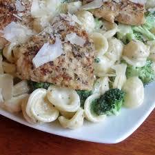 olive garden chicken alfredo with broccoli.  Chicken Homemade Garlic Herb Chicken Con Broccoli Olive Garden In Olive Garden Alfredo With V