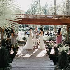 Wedding Ceremony Outline How To Plan The Order Of Events Brides