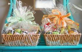 Hamper Gift Ideas  Over 10 Themed Hampers To Choose FromHow To Make Hampers For Christmas Gifts