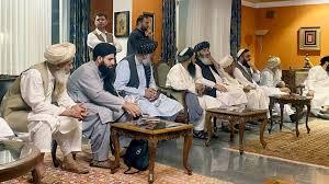 من هم قادة طالبان في ثوبها الجديد وما هي مساراتهم؟