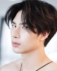 ส่องประวัติ แม็กซ์ ณัฐพล นักแสดงจากซีรีส์วายชื่อดัง Bad Romance   The  Thaiger ข่าวไทย