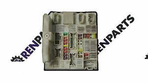 renault master fuse box replacement fuse boxes renault master 2 3 dci 2010 2016 engine bay fuse box ecu upc 284b67653r