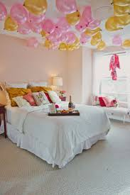Romantic Bedroom Wallpaper 17 Best Images About Romantic Bedrooms Love Is In The Air On