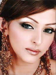 mac makeup tutorial for a bridal look here s another wonderful tutorial with ideas on choosing a bridal look that s a good fit for your personal style