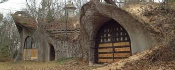 Wisconsin s Mushroom House is FOR SALE House Crazy
