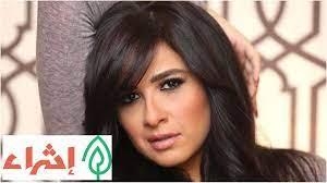 سنتنصدم .. صورة نادرة للفنانة ياسمين عبد العزيز في سن المراهقة.. شاهد كيف  كانت وكيف أصبحت بعد دخولها المستشفى !