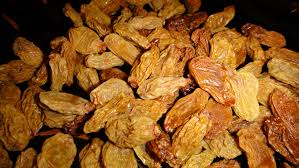 تولید انواع کشمش انگوری تیزاب