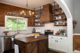 Small Farmhouse Kitchen Decorating With Shiplap Ideas From Hgtvs Fixer Upper Islands