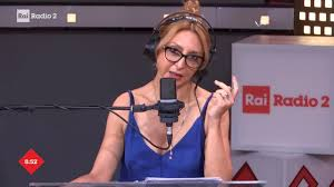 Rai Radio2 - Paola Minaccioni in diretta a Il Ruggito del Coniglio