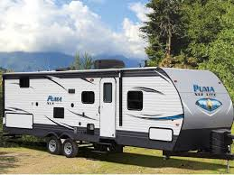 2018 palomino puma xle lite 25rsc parked at outdoor c