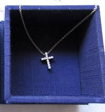 estate hearts on fire 18k wg whimsical diamond cross pendant 16 necklace