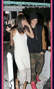 Disney Channel News Flash!!!: Selena and Justin Got In A Fight?