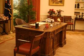 oval office resolute desk. perfect resolute inside oval office resolute desk