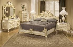 Cream Victorian Style Bedroom Furniture