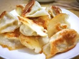 煎饺子的时候,用热油下锅还是凉油?选错了,难怪饺子总破皮_方法