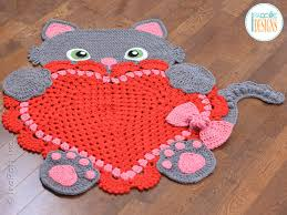 Sassy the Kitty Cat Heart Rug PDF Crochet Pattern IraRott Inc