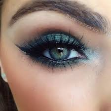 25 best ideas about blue eye makeup on eye shadows for blue eyes eyeshadow for blue eyes and eyeshadow blue eyes