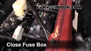 replace a fuse 2014 2018 chevrolet silverado 1500 2014 chevrolet 6 replace cover secure the cover and test component