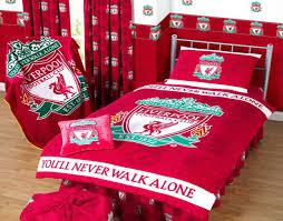 Liverpool Bedroom Wallpaper Dekorasi Kamar Tidur Anak Dengan Pernik Liverpool Fc Rg Home