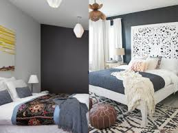 One Wall Color Bedroom Darker Colors To Accent Single Wall For Bedroom Trends4uscom