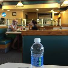 photo of round table pizza oakhurst ca united states