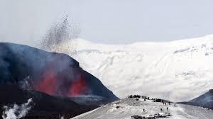Seit etwa einer woche wird die gegend um die stadt grindavik auf der. Naturkatastrophen Revolution Und Weltuntergang Die Mythen Um Islands Vulkane Zeit Online