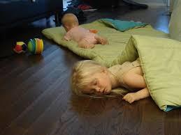 2 kids on the floor