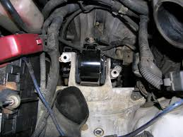 Drivers Side Motor Mount Replacement - 1997 1.6L Engine & Auto ...