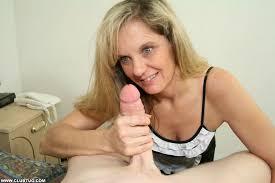 Mature nude women tug jobs