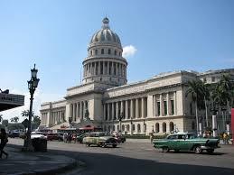 Resultado de imagen para Cubanos en La Habana