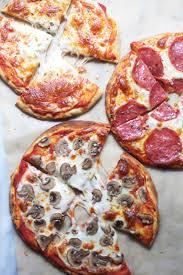 پخت پیتزا در آون توستر