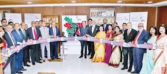 Southeast Bank Chairman Alamgir Kabir accompanied by Vice Chairperson  Duluma Ahmed, - Business - observerbd.com
