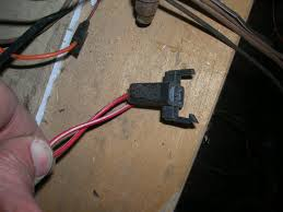 looking for a relay jeepforum com here is a picture of my horn relay