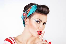 Pin Up účesy Krásné ženské účesy