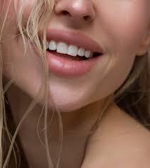 how to lighten dark lips tips to get
