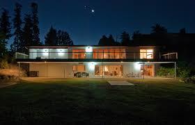 mid century modern front porch. Wondrous Green Grass Front Yard Also Lighting Decors For Amazing Loft Mid Century Homes Design Ideas Modern Porch S