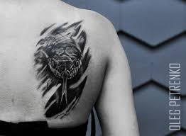 татуировка змеи в стиле чб реализм мои работы постила