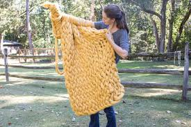 how to arm knit a chunky wool blanket