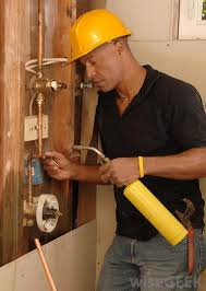 What Is The Difference Between Plumbers And Pipefitters
