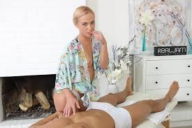Hot Massage Blonde Euro Babe Vinna Reed Anal VR Fuck VR Porn.